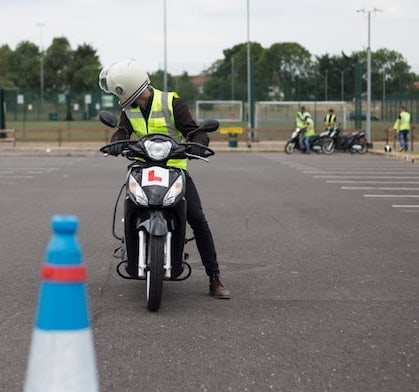 CBT Trainee through cones