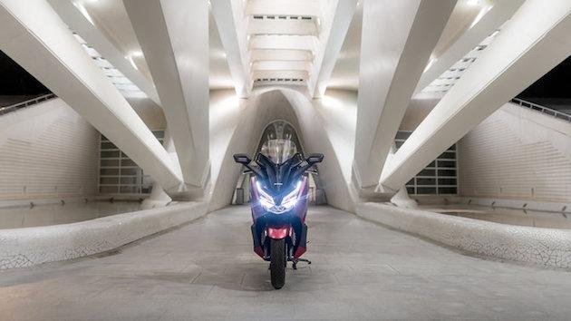 Honda Forza 125 Front view