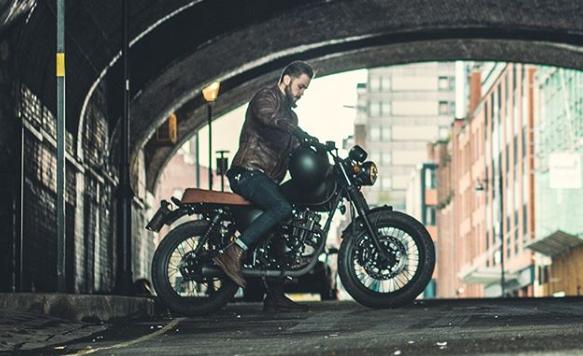 Mutt motorcycles under bridge
